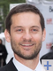 Damien Witecka voix francaise tobey maguire