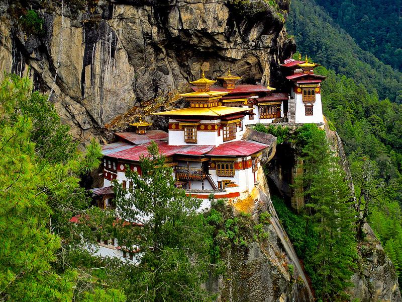 Le-monastere-Taktsang-et-la-taniere-du-tigre-8 Le monastère Taktsang et la tanière du tigre