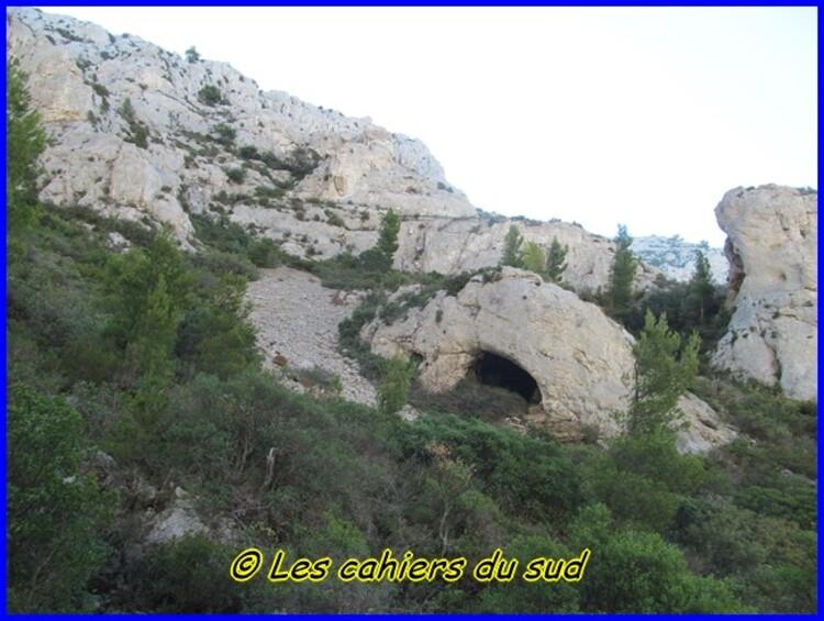 Calanques, le pas de la demi Lune et les 3 arches