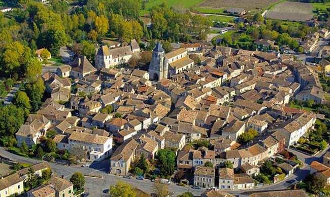 Issigeac, joli village médiéval de Dordogne