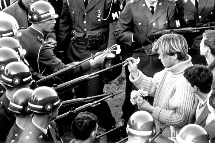 Resultado de imagen de mouvement pacifiste guerre vietnam