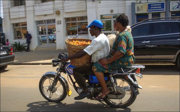 FP n° 49 - LA MOTO et Wanga