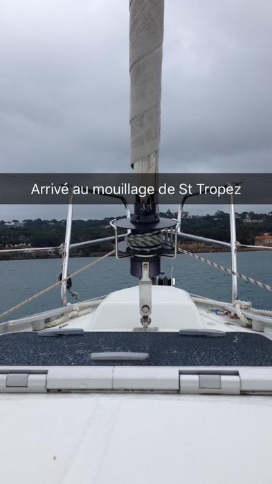 Navigation vers St Tropez sous un temps breton