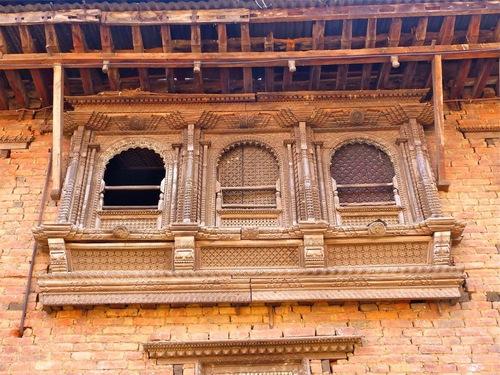 de belles façades sculptées