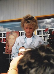 02 juin 1988, dédicace à Valence - MEGA MAJ !!!