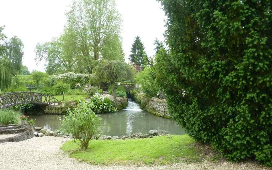 Jardin du moulin de Nanteuillet (1).