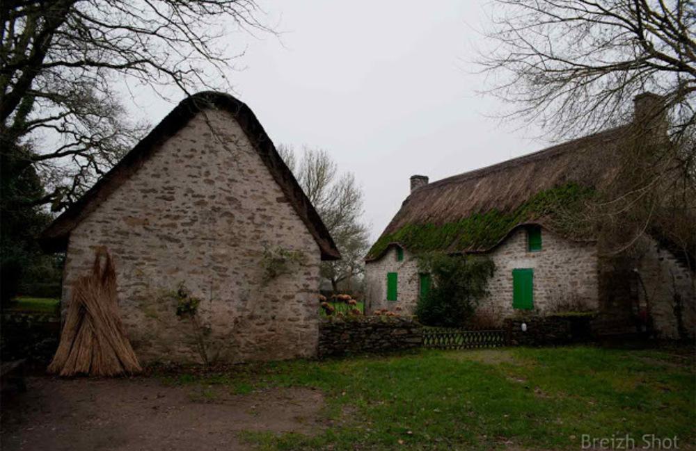 Kerhinet :  Un beau corps de ferme