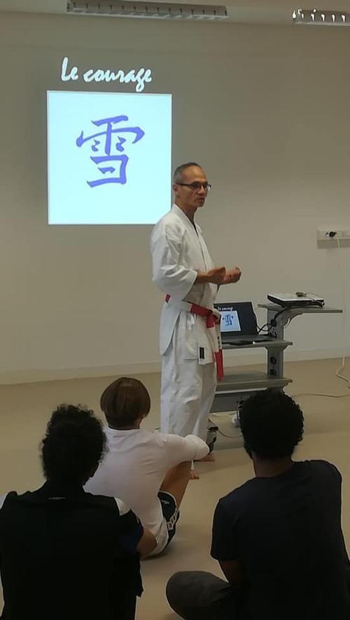 Séance de préparation physique et mentale pour les étudiants classe Prépa