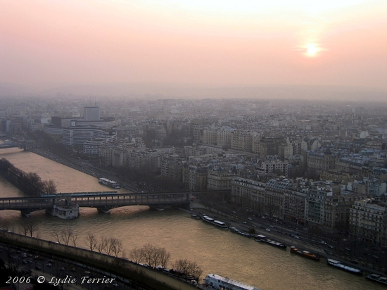 2006 Vue de Paris