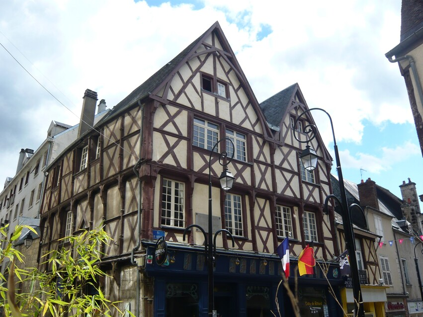 Bourges (18)