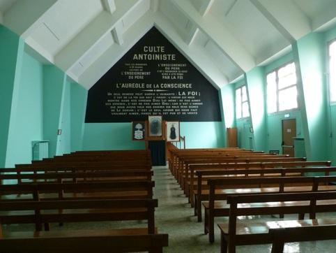 Temple Antoiniste - Salle (Passage-Roux par Angsthelm-Christiane)