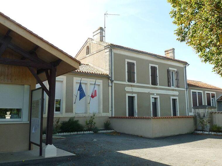 Bellon mairie.JPG