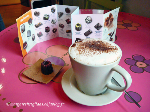 Saumur : Matin froid, chocolat chaud - Cold morning, warm chocolate