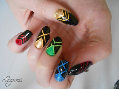 Nail Art Rainbow Triangles