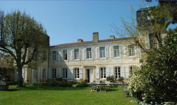 La-Baronnie---jardins.JPG