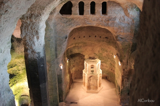 Eglise souterraine d'Aubeterre-sur-Dronne