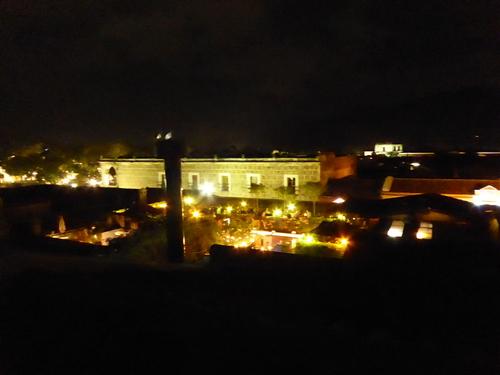 Jour 16, (3)  Guatemala,  Antigua by night