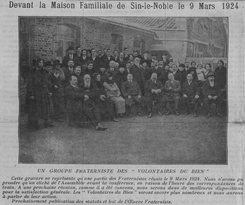 Devant la Maison Familiale de Sin-le-Noble le 9 Mars 1924 (Le Fraterniste, 15 avril 1924)