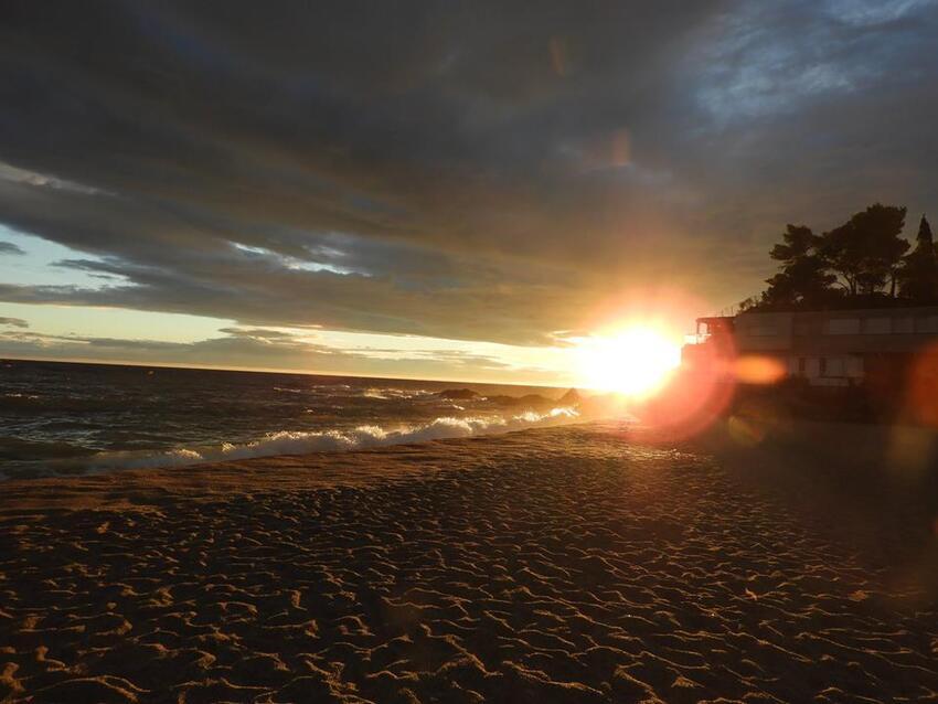 La côte rocheuse (du racou France à Port Bou Espagne)