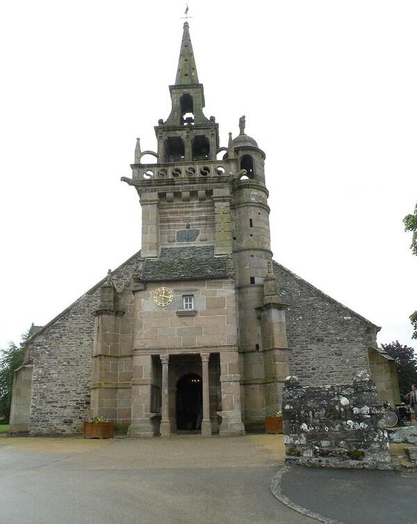 église plouzéoc'h
