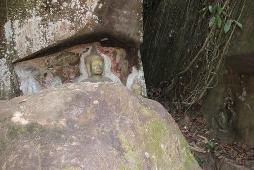 Les Bouddhas de Vang Xang
