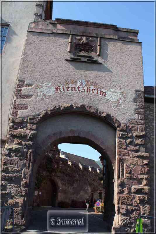Alsace Haut-Rhin Route des Vins Kientzheim Porte du Lalli