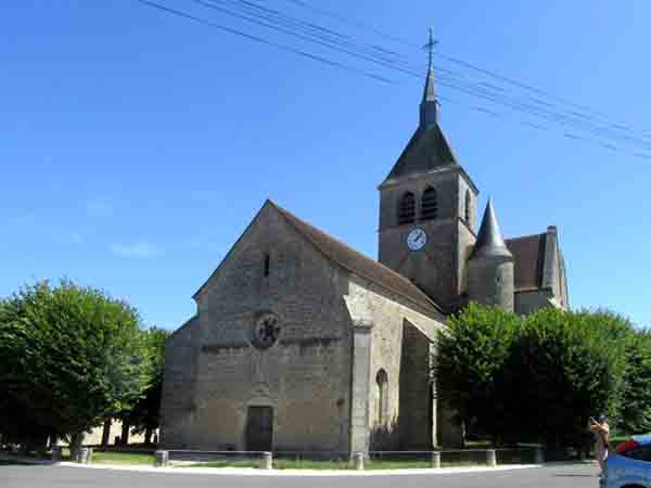 L'église Saint-Pierre et Saint-Paul de Nicey