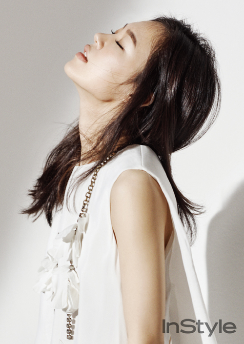 Han Ye Ri pour Instyle