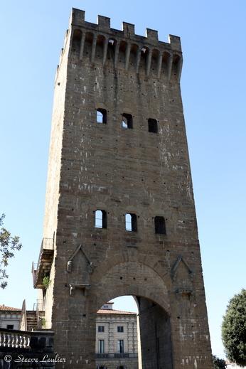 La tour de Saint Nicolas