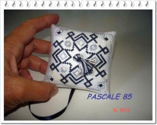 Pascale85-pendouille-7-vue-de-dessous.jpg