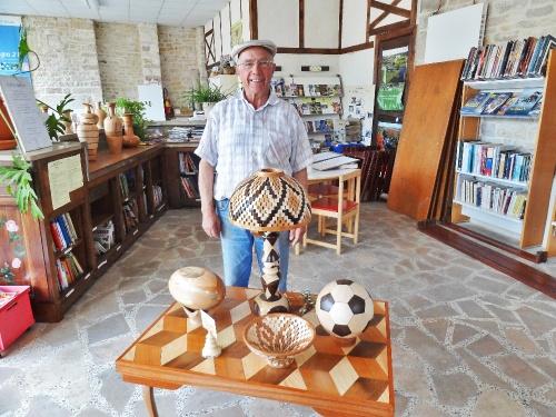 Jean Glace, tourneur sur bois à Laignes...