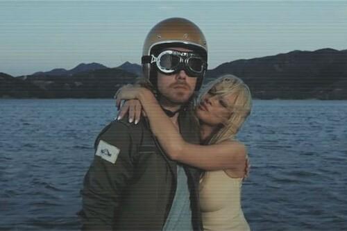 Julien Doré dévoile le clip du titre Le Lac