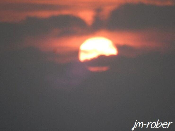 Quand le soleil s'éclipse.....