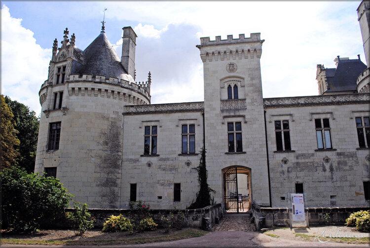 Photos de l'entrée du Château de Bréze