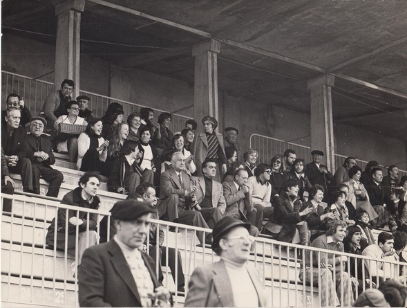 - RUGBY : les supporters !