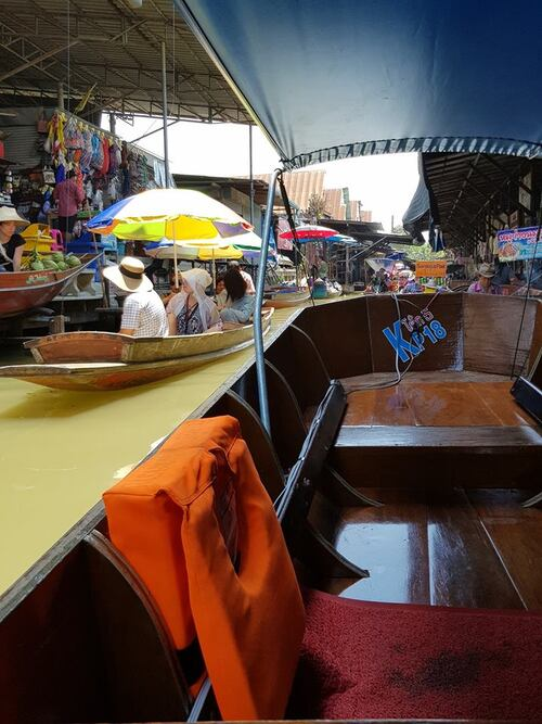 En direct de Bangkok....ou presque !! Photos des jeunes mariés en voyage de Noces