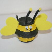 Egg carton Bee