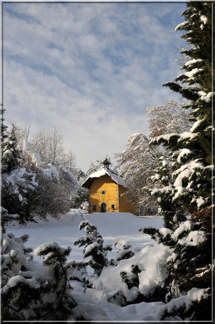 Morillon, la chapelle du Châtelard