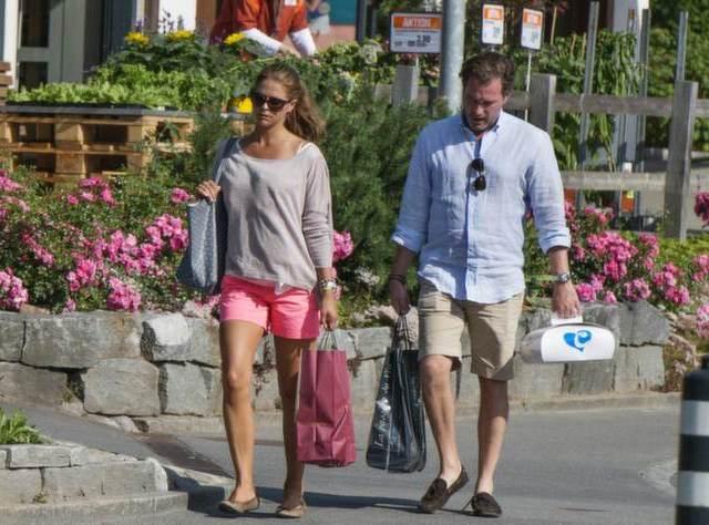 Madeleine et Chris en Suisse
