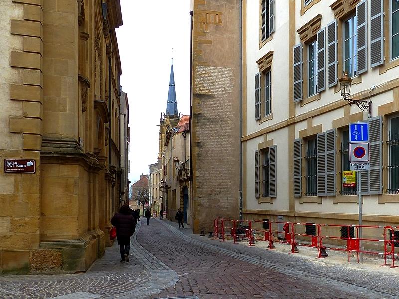 Metz / La Maternité Sainte-Croix devient les Résidences Morlanne...