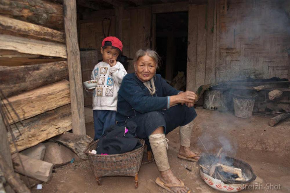 enfant et femme lanten à Nam Dee