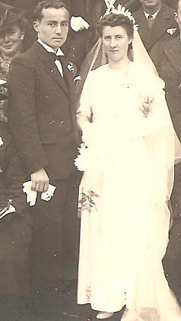 Mariage-Therese-et-Pierre-Oiry-vers-1942-2-001.jpg