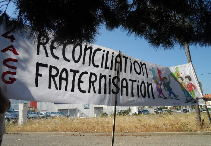 Interdiction d'un rassemblement de nostalgiques de l' « Algérie française » *** Informations de la Presse algérienne et artice de Roger HILLEL sur le Journal  Le TravailleurCatalan