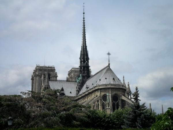 17 - Chevet de Notre-Dame