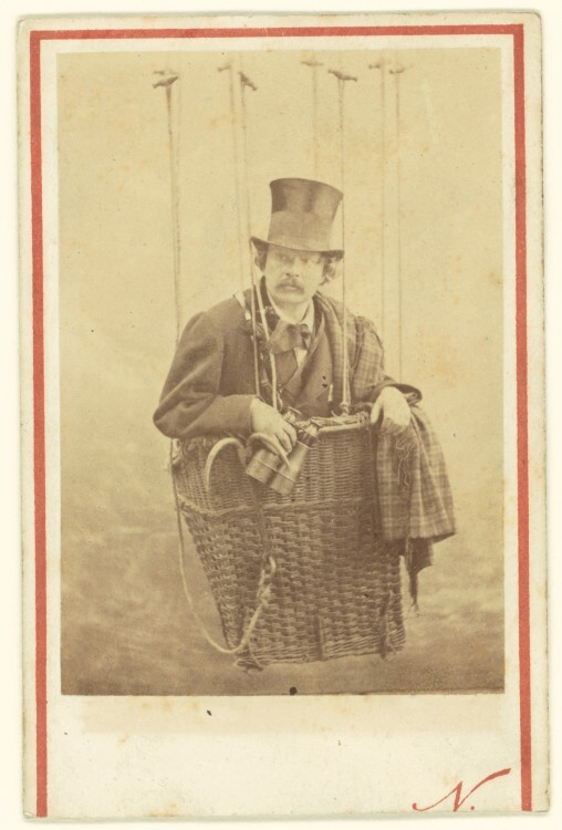Nadar-Portrait-Felix-Nadar-in-Gondola-of-a-Balloon