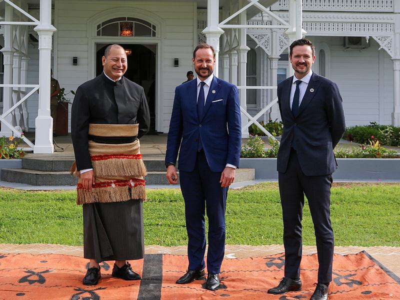 Au Tonga
