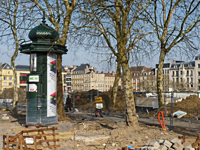 Gag Chantier place République Metz 7 15 03 10-copie-1