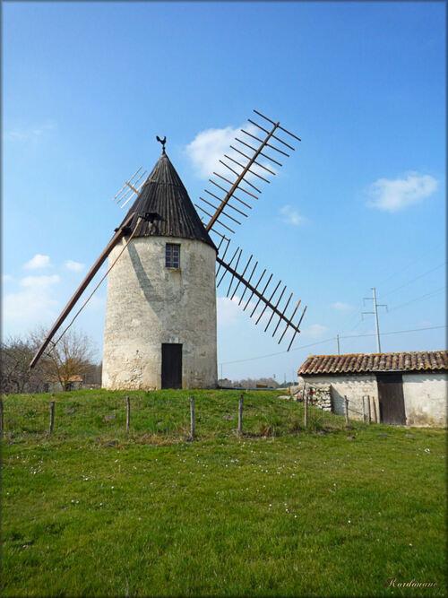 Vensac, le moulin à vent