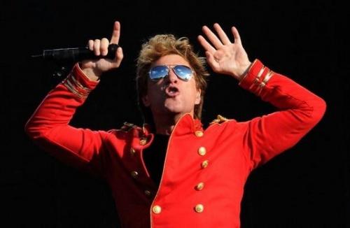 """jon bon jovi ne sera pas juge de """"american idol""""  il se concentre sur la prochaine tournée"""