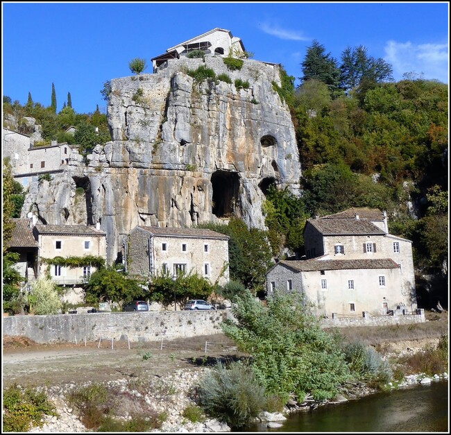 Sur les bords de l'Ardèche : Labeaume 2/2